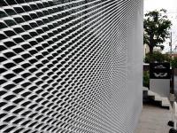 Aluminum mesh facades