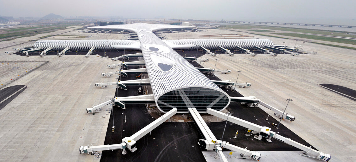 the design of the airport inspired by manta ray